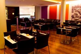 88138_006_Restaurant