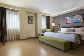 99043_003_Guestroom