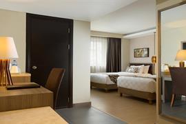 99043_004_Guestroom