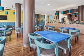 10398_005_Restaurant