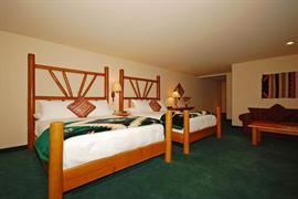 13047_007_Guestroom