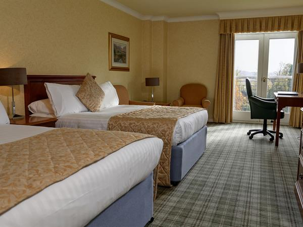 kenwood-hall-hotel-bedrooms-05-84214