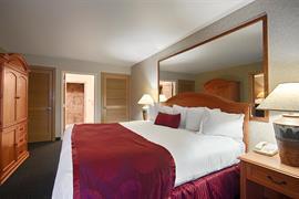 13044_006_Guestroom