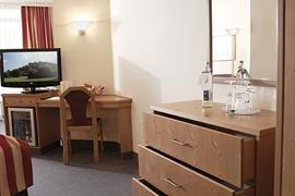 95465_005_Guestroom