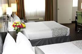05721_006_Guestroom