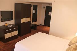 75402_003_Guestroom