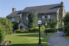 lancashire-manor-hotel-grounds-and-hotel-28-83923