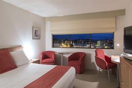 97435_004_Guestroom