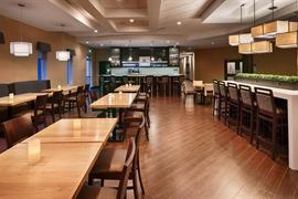 66118_004_Restaurant
