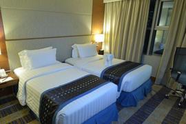 99028_006_Guestroom