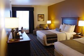 28075_002_Guestroom