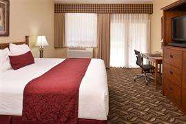 13057_004_Guestroom