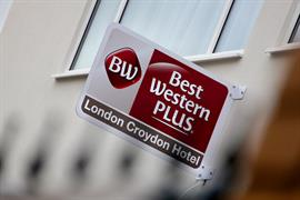london-croydon-hotel-grounds-and-hotel-04-84209