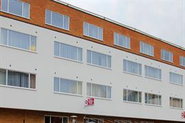 london-croydon-hotel-grounds-and-hotel-06-84209