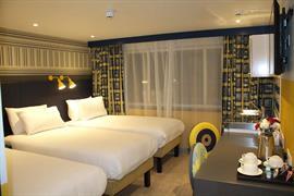 london-croydon-hotel-bedrooms-04-84209