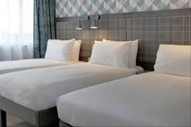 london-croydon-hotel-bedrooms-10-84209