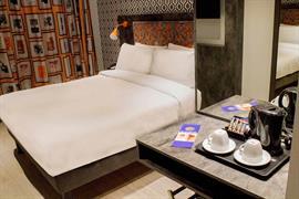 london-wembley-hotel-bedrooms-01-84216