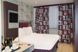 london-wembley-hotel-bedrooms-03-84216