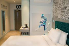 london-wembley-hotel-bedrooms-12-84216