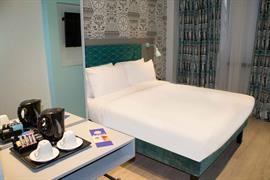 london-wembley-hotel-bedrooms-14-84216