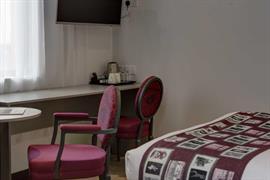 london-wembley-hotel-bedrooms-23-84216