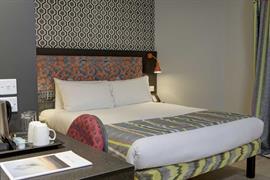 london-wembley-hotel-bedrooms-29-84216