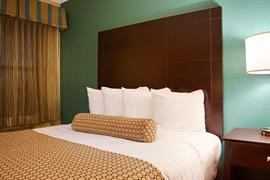 04115_005_Guestroom