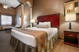 05681_003_Guestroom