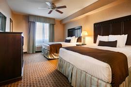 05681_005_Guestroom