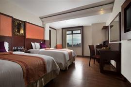 99044_002_Guestroom