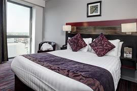 maldron-hotel-bedrooms-07-83541