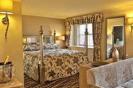 manor-house-hotel-bedrooms-72-83605