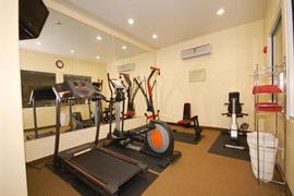 44637_004_Healthclub