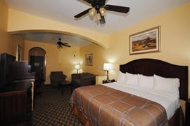 44637_006_Guestroom