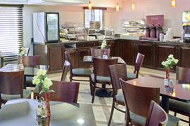 05712_005_Restaurant
