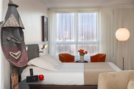 93616_001_Guestroom