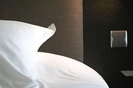 93616_004_Guestroom
