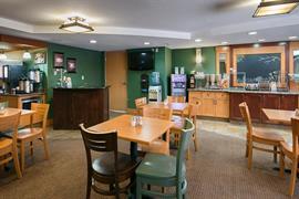 13060_006_Restaurant