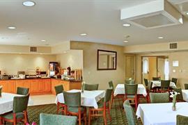 05631_006_Restaurant