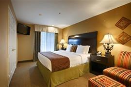 05686_007_Guestroom