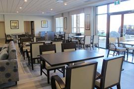 62132_004_Restaurant