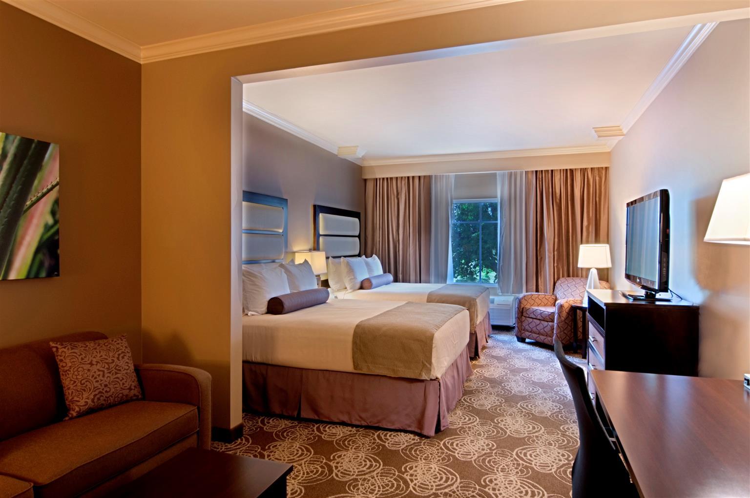 Best Western Plus Miami Airport North Hotel  U0026 Suites