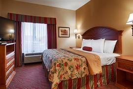 37111_007_Guestroom