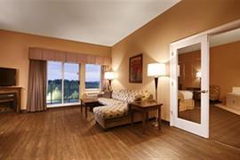 62103_006_Guestroom