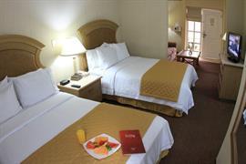 70258_005_Guestroom