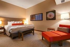 61087_005_Guestroom