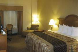 44677_007_Guestroom