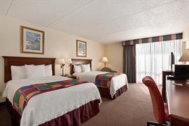 22057_004_Guestroom