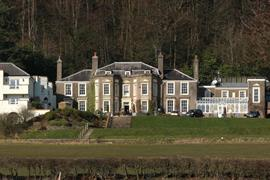 new-house-country-hotel-grounds-and-hotel-02-83444