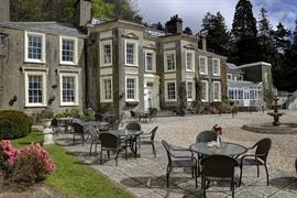 new-house-country-hotel-grounds-and-hotel-09-83444
